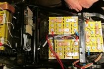Propojování akumulátoru LiFePO4  v elektroskútru.