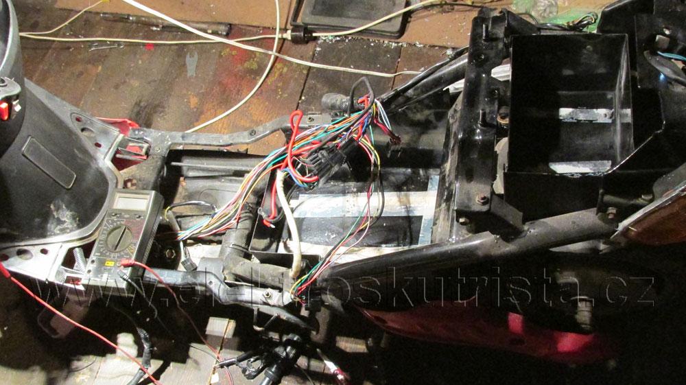 Příprava pro osazení novým akumulátorem LiFePO4 48V/40Ah