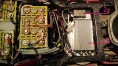 1.) Nová řídící jednotka KELLY KEB, 2.) umístění měniče 48V/12V pro napájení světel - Elektroskútr  IO1500GT nová řídící jednotka.