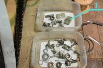 1.) ulomený přepínač světel - elektroskútr IO1500GT.