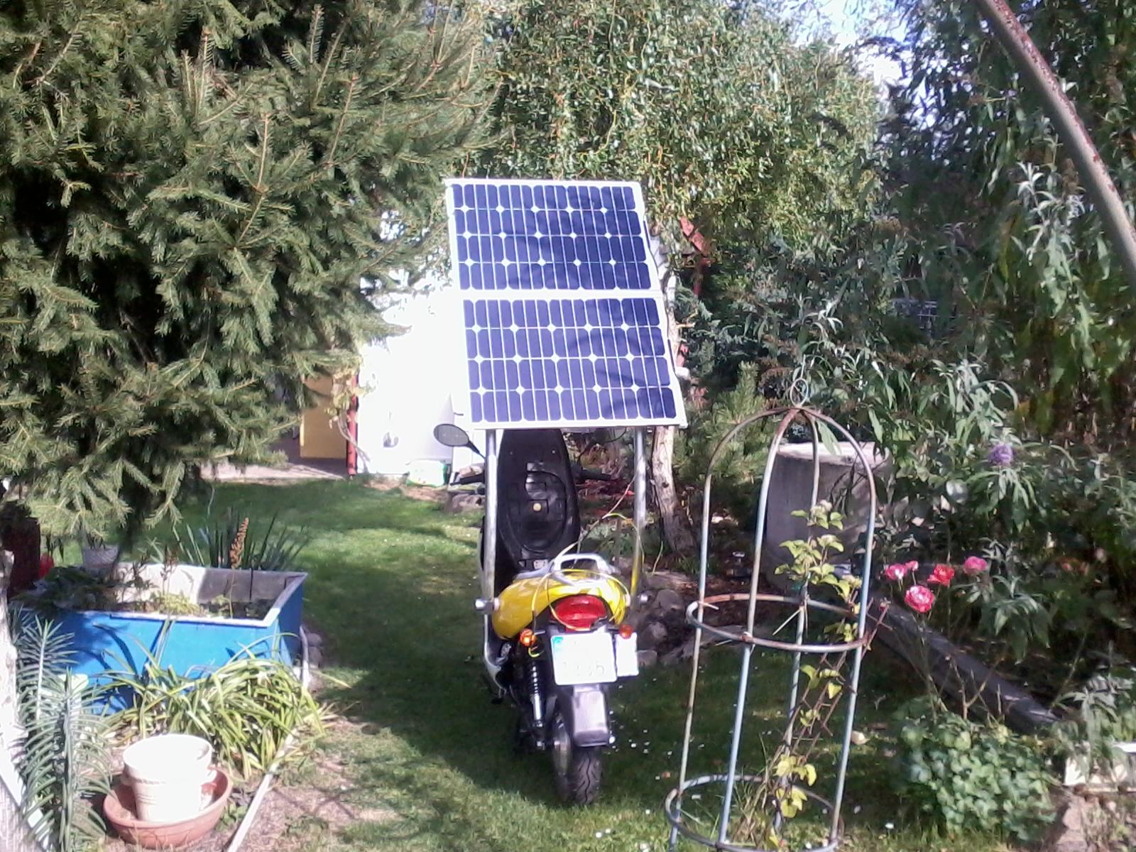 Solární elektroskútr.