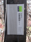 elektroskutr-nabijeci-stanice-charger-station-02